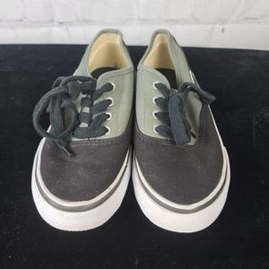 AIRWALK Youth Black and Gray canvas sneake…